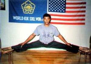Jesse D. Slater, Jackson, Mississippi, in hanging split